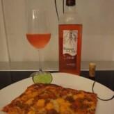 Bodegas Pascual Berganzo: Raíces de Oro Rosado 2011 con pizza mejicana casera