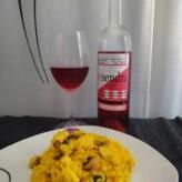 Bodegues Visendra: Visendra Rosat Pinot Noir i Chardonnay 2012 con Paella de Carne