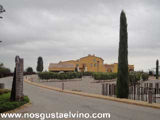 can bonastre wine resort 3