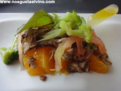 Restaurant Hydrogen Hotel Barcelo Sants Ensalada de brócoli templado con setas y naranja
