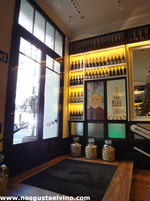 Hotel Praktik Vinoteca Barcelona 10