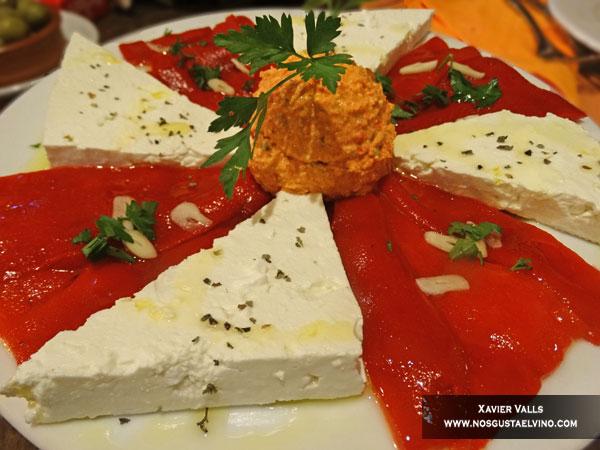 pasko's balkan grill roses girona emporda 3